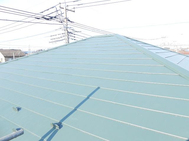 コロニアルから金属屋根をカバー工法で