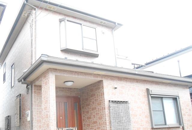 陽当りの良い立地、屋根は下屋もあるので、遮熱効果のある塗料をおすすめいたしました。